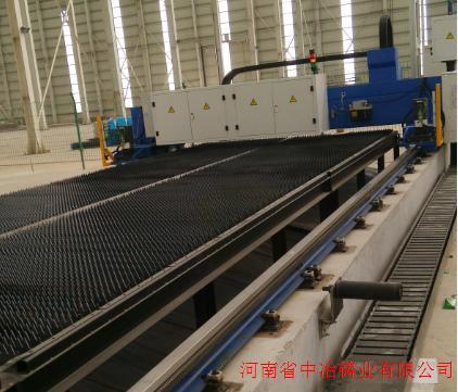 河南中冶铸业12*3m超大型激光切割机对外加工各种部件