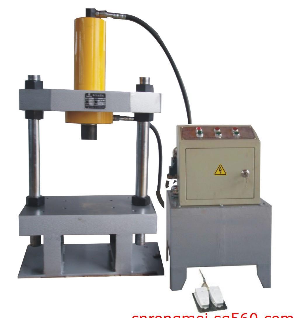 双柱液压机_小型液压机图片