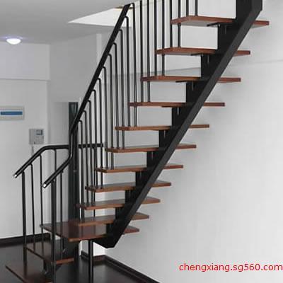 欧式钢木楼梯_复式钢木楼梯