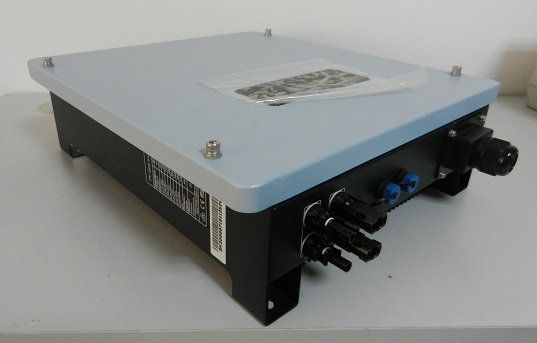组串并网逆变器3000w防水ip65,96%效率,5年质保_3kw器