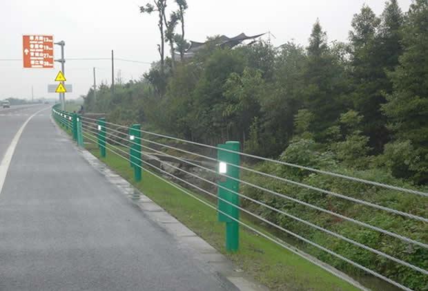 盛达-缆索护栏-价格_防护网_河北盛达路桥边坡防护