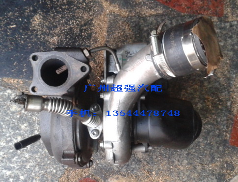 奥迪q7 大众途锐 3.0柴油涡轮增压器图片