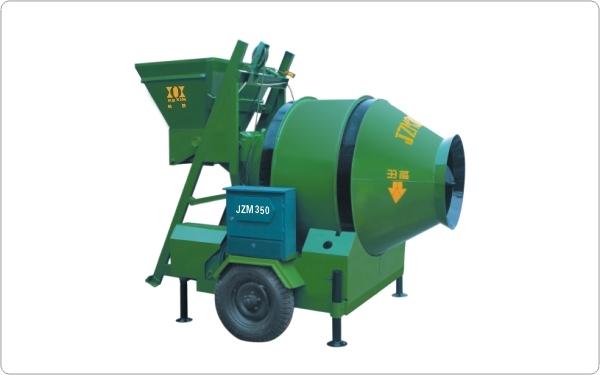 爬斗上料混凝土搅拌机建筑工地专用