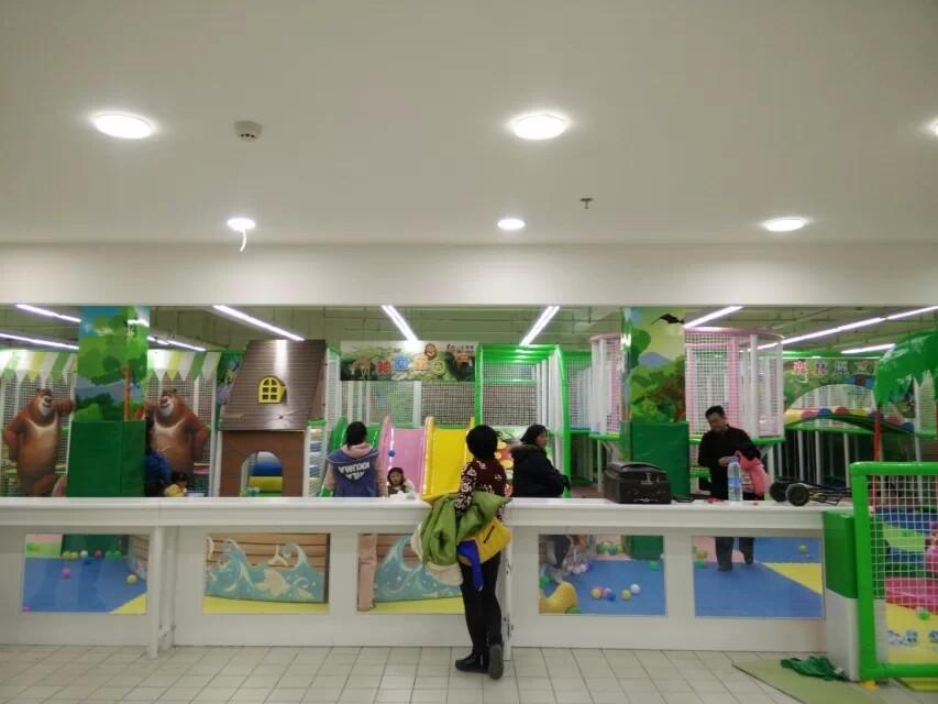 儿童室内游乐园,淘气堡投资小回本快