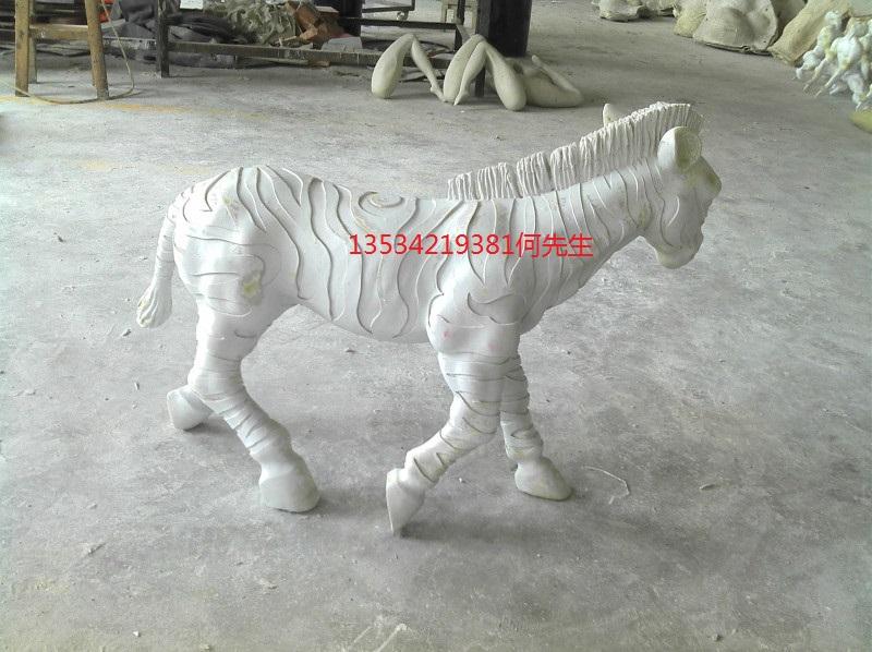 深圳玻璃钢动物雕塑_深圳雕塑
